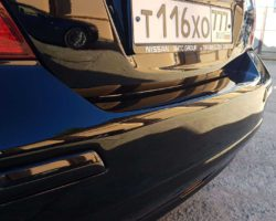 Nissan tiida ремонт заднего бампера и крышки багажника